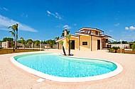 casa - Villa con piscina, immersa nel verde