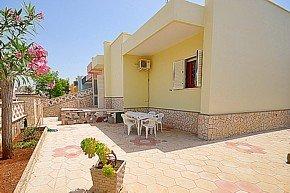 casa - Villa indipendente con giardino vicino al mare