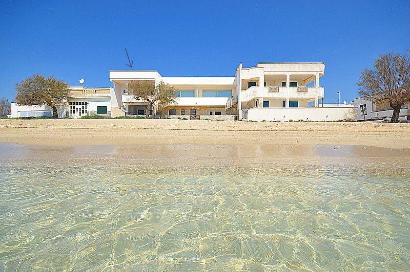 Appartamenti Fronte Mare Sulla Spiaggia In Affitto